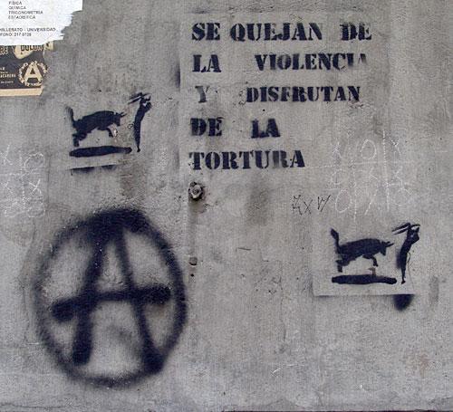 http://revista.escaner.cl/files/se-quejan-de-la-violencia-y-disfrutan-con-la-tortura.jpg