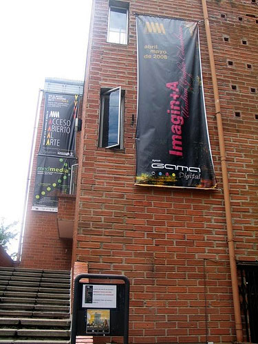 http://revista.escaner.cl/files/u202/museo-de-arte-moderno_medellin_Imagin-_-A.jpg