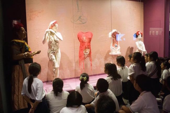Actividad educativa comunitaria en Museo Frida Kahlo Riviera Maya, Playa del Carmen, México. Foto: Perfil de Facebook del Museo.