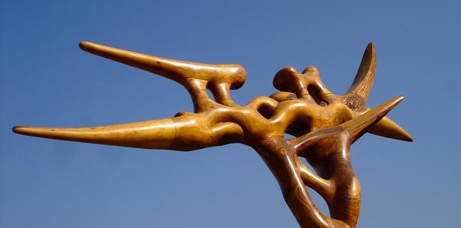 Oda al aire (sección superior). Madera esculpida. Ignacio Bahna, 2004.