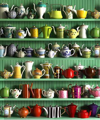 Colección de teteras, cuidadosamente expuesta. Foto: http://karmucaycuquino.blogspot.mx