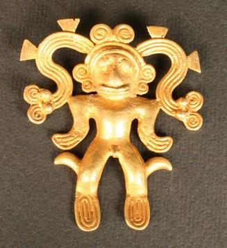 Pendiente antropomorfo en oro. Cultura Veraguas (V-VI d.C.). Foto: sitio web Museo Chileno de Arte Precolombino (autorizada)
